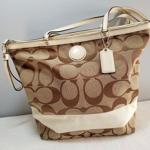 Coach Tote ~ Certificate of Authenticity